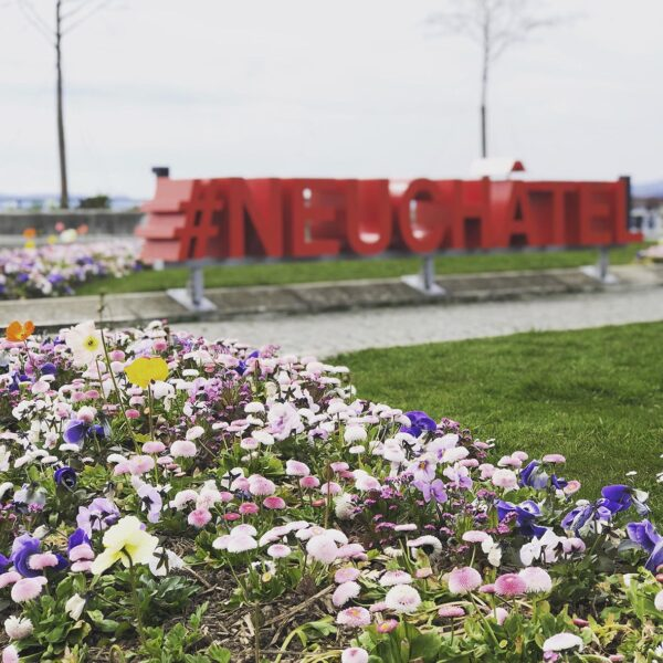 Städtereise Schnitzeljagd Ausflug Neuchâtel Neuenburg